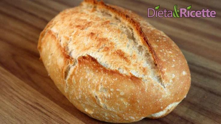 pane fatto in casa come al formo croccante fuori e morbido dentro